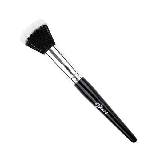 by Raili Face Brush